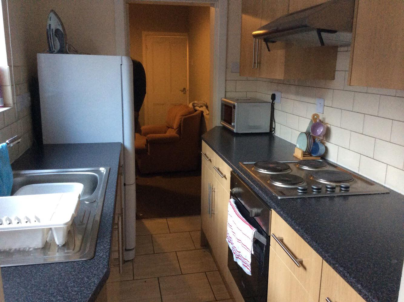 Nice Clean Double Room On Vibrant Road, Broomfield Road, Coventry, CV5